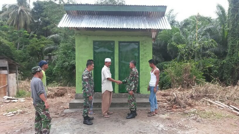 Kodim 0107/Aceh Selatan Bangun WC Umum