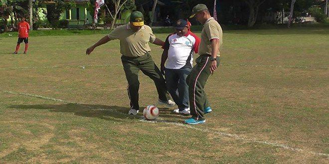 Yonif 752/VYS Adakan Sepak Bola Kemerdekaan Cup Menjelang HUT RI Yang Ke-70