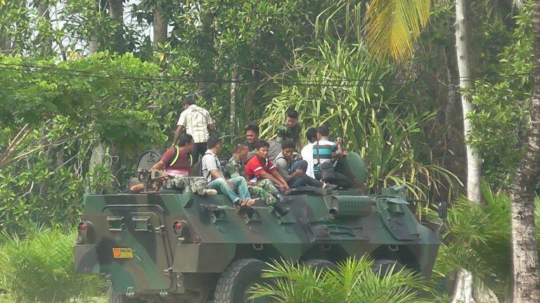 Perkenalkan Alutsista TNI Yonif 752/VYS Undang Wartawan