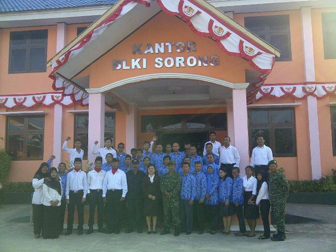 Koramil 1704- 01 Sorong Timur Bekerjasama Dengan BLKI Sorong Gelar Upacara Peringatan HUT kemerdekaan RI ke 70