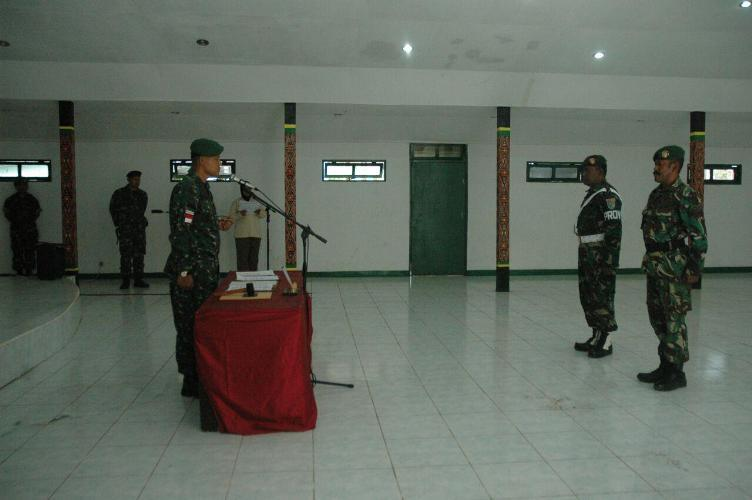Dandim 1707/MRK Pimpin Acara Sidang Disiplin Terhadap Tiga Prajurit