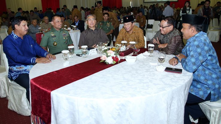 Panglima TNI Silaturahmi dengan Keluarga Besar TNI