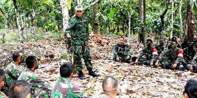 Danrem 043/Gatam Cek Latihan UST Kompi Yonif 143/Tri Wira Eka Jaya