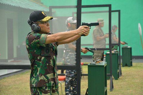 Satuan Bekangdam Menjuarai Lomba Tembak HUT TNI