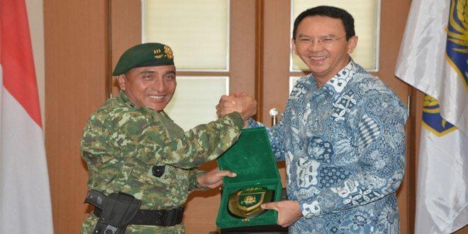 Pangkostrad Kunjungi Balaikota Jakarta
