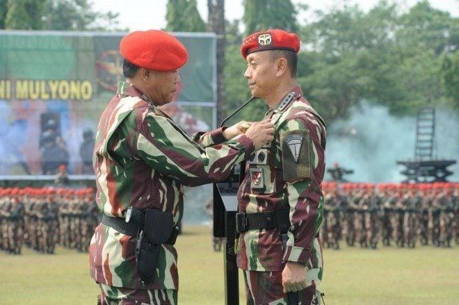 Kasad Terima Brivet Kehormatan Dari Komando Pasukan Khusus (Kopassus)
