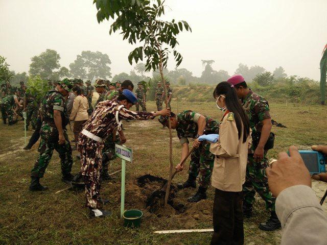 Penanaman Pohon Memperingati HUT Ke 70 TNI Di Wilayah Kodim 0320/Dumai
