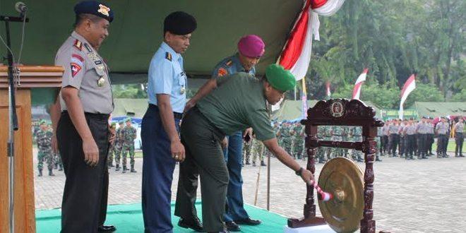 Kasdam I/BB Buka Pameran Alutsista TNI