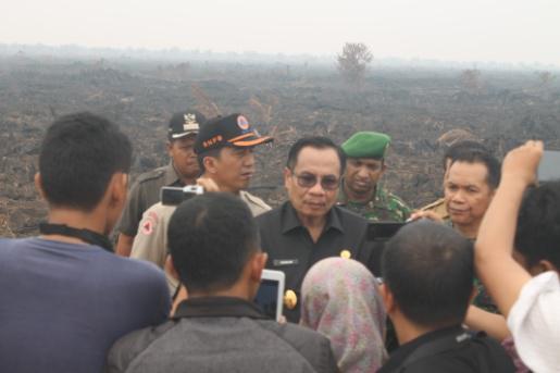 Danrem Bersama Penjabat Gubernur Jambi Tinjau Lokasi Karhutla