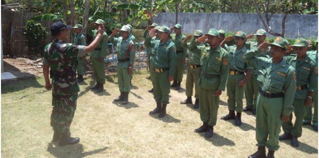 Koramil 21/Rowokele Bina Mitra Karib, Tingkatkan Disiplin Linmas