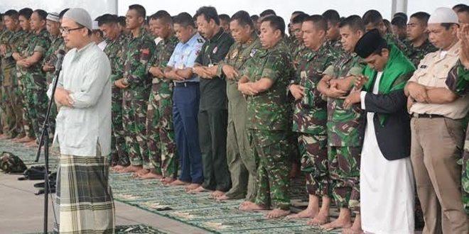 Tiba di bumi Lancang Kuning, Ribuan Prajurit TNI Langsung Salat Istisqa