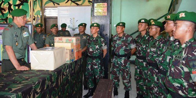 Tinjau Pos Satgas, Pangdam XVI/PTM Kunjungi Malut