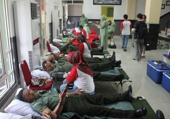 201015 donor darah kodim 0506 tgr