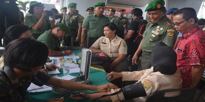 Ribuan Masyarakat Banjiri Baksos HUT TNI