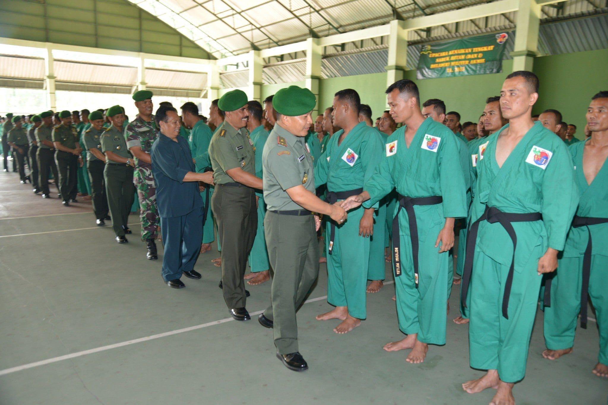 Akmil Penutupan Ujian Kenaikan Sabuk Hitam Bela Diri Militer Yongmoodo