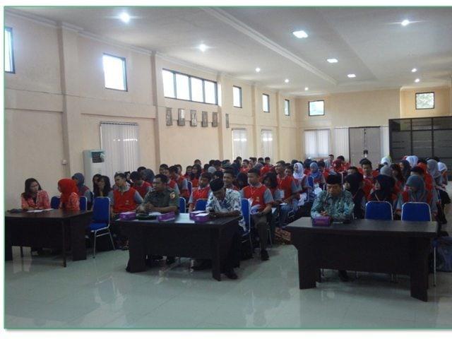 Foto – 4 Wasbang Dim 0815 ke SMA-SMK