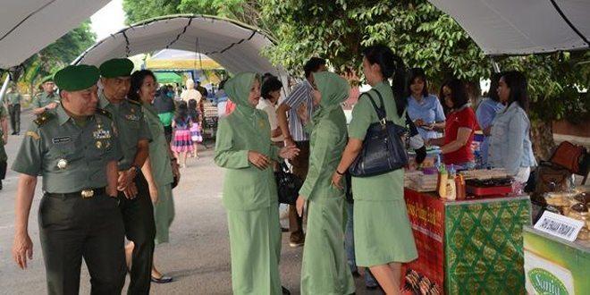 Kodam IX/Udayana Gelar Pasar Murah dan Donor Darah