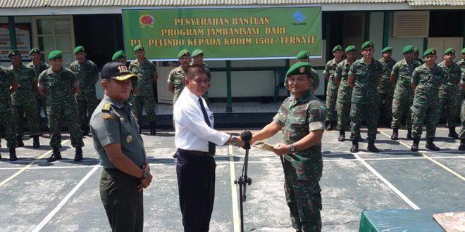 Kodim Ternate Terima Bantuan Untuk Program Jambanisasi Dari PT. Pelindo