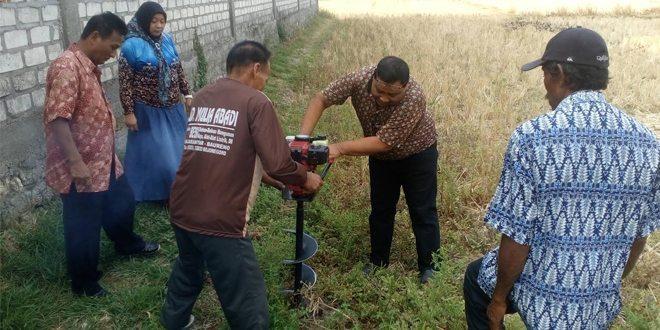 "Sosialisasi "" Penggunaan Alat Bor Biopori Bermotor"" Kepada Masyarakat Ds. Bakung di TMMD 95 Bojonegoro"