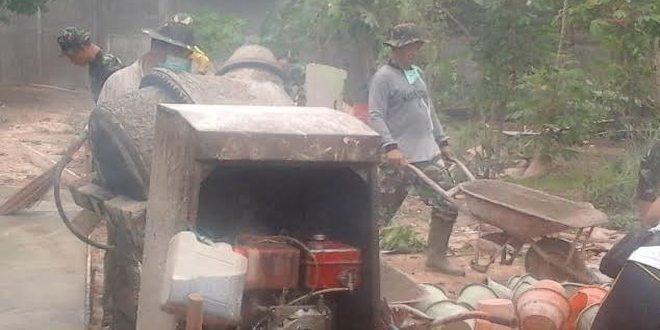 Pra TNI Manunggal Membangun Desa Ke 95 Kodim 0301/Pekanbaru Kebersamaan Dengan Masyarakat