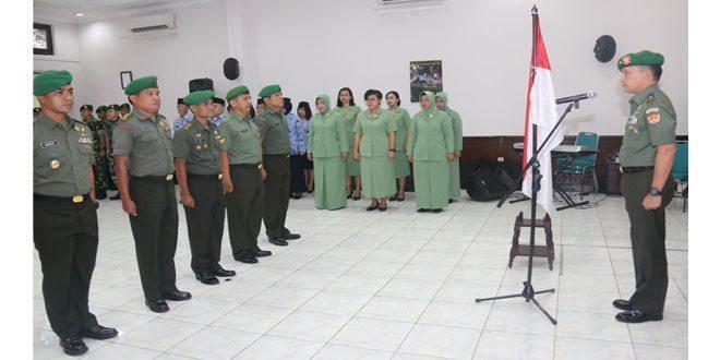 Kadispenad Pimpin Upacara Kenaikan Pangkat 12 Anggota Dispenad