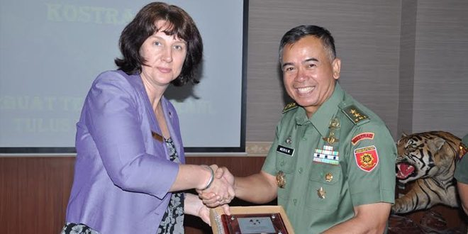 Delegasi Center For Defence And Strategis Studues-Field Research Visit Australia Kunjungi Makostrad