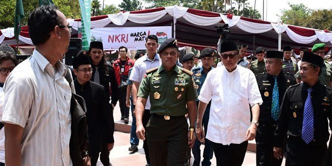Panglima TNI : Kekuatan TNI adalah Bersama Rakyat, Ulama dan Santri