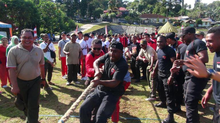 TNI-Polri Manokwari Gelar Olahraga Bersama