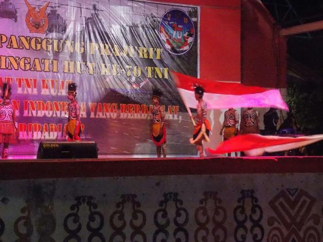 Acara Malam Syukuran dan Panggung Prajurit HUT TNI Ke 70 di Merauke