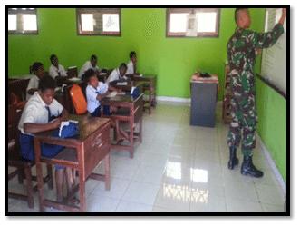Yonif 142/KJ Menjadi Tenaga Pengajar Di Daerah Perbatasan RI-PNG Merauke