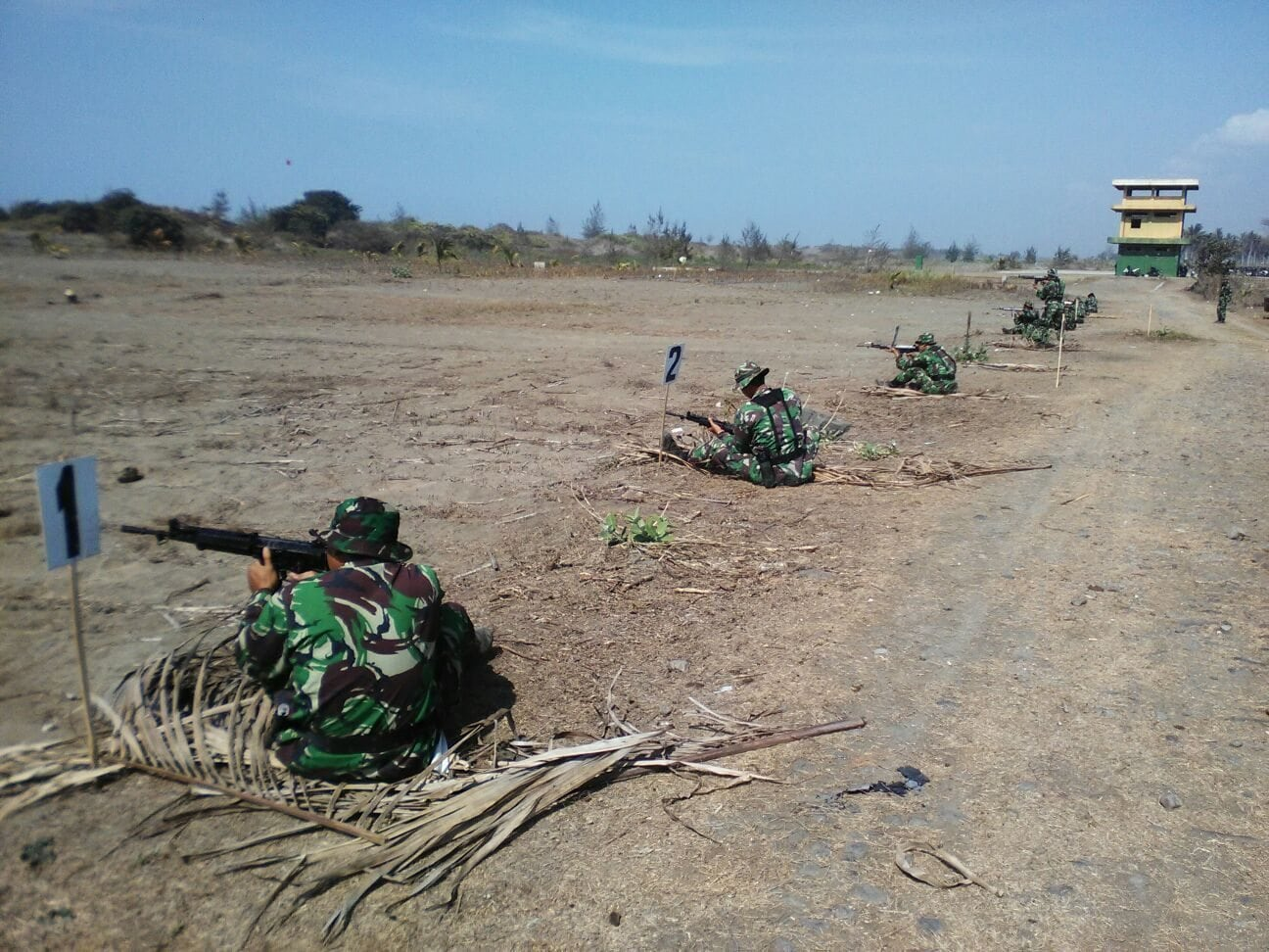 Pelihara Kemampuan Prajurit, Kodim 0709/Kebumen Gelar Latihan Menembak