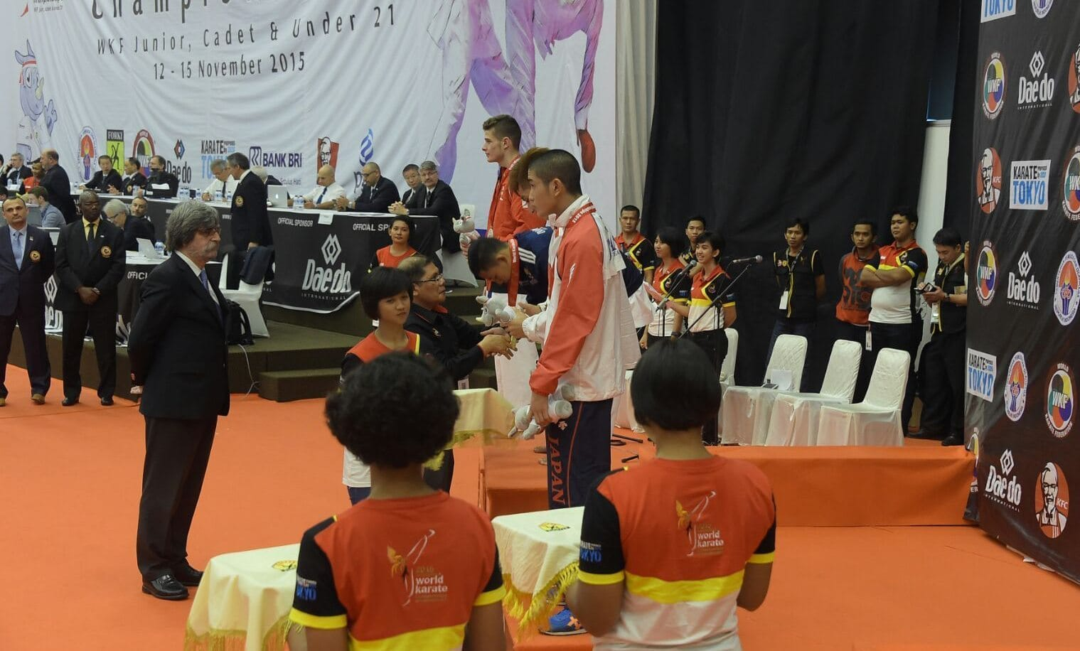 Tim Karate Indonesia Raih 3 Medali Emas