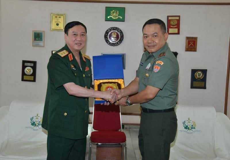 Kunjungan Kehormatan Delegasi IDS Kemhan Vietnam di Akademi Militer