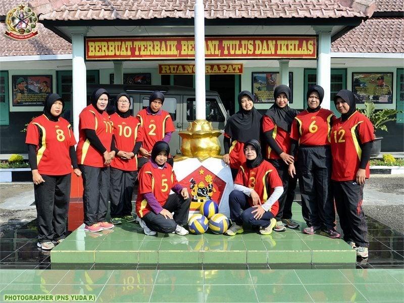 Dukungan Penuh Komandan Untuk Tim Volley PNS Pusdikpengmilum