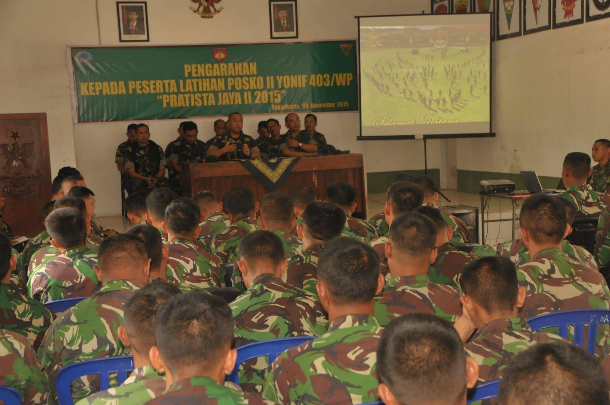 Prajurit 403/WP Latihan Posko II