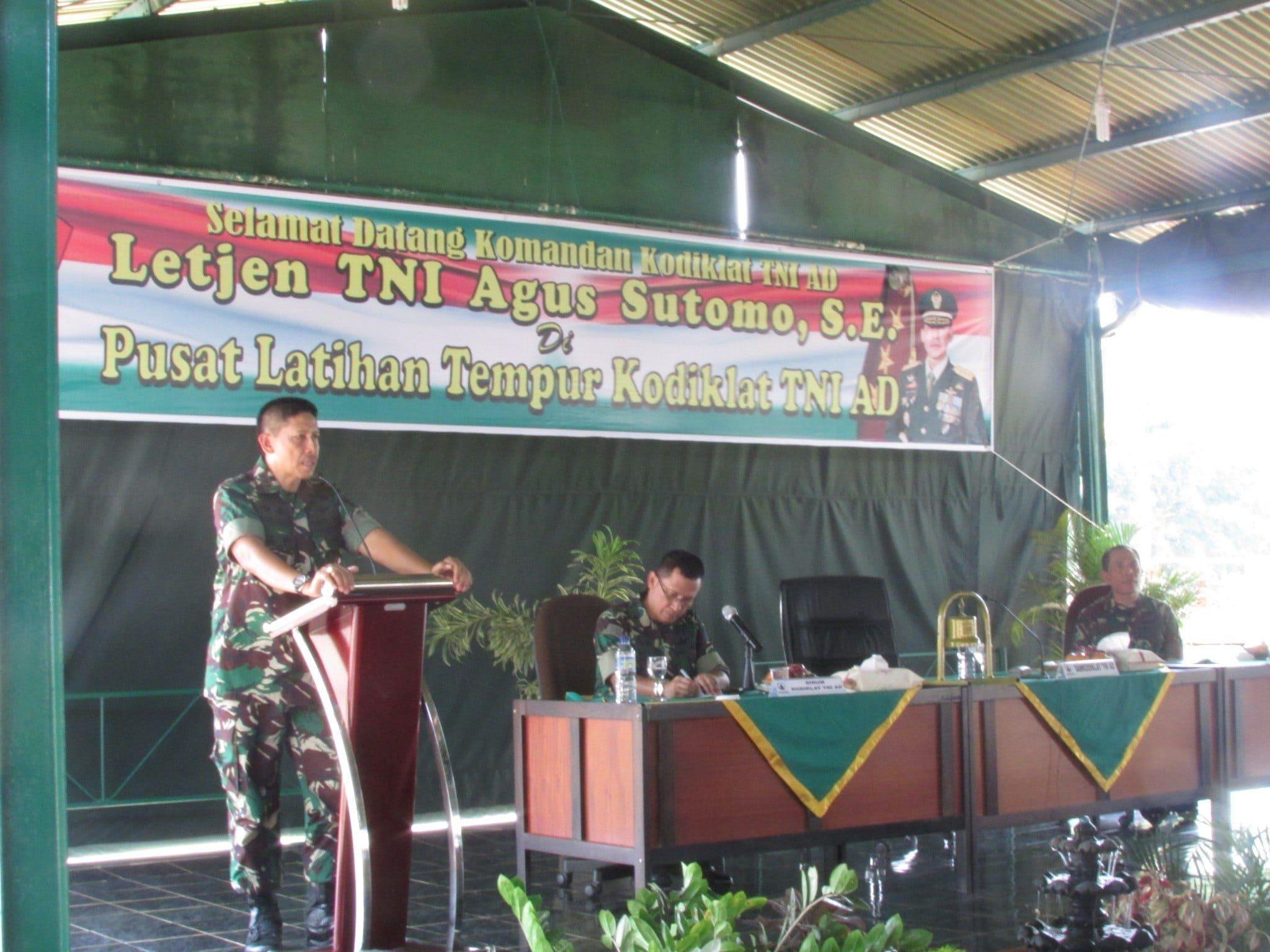 Komandan Kodiklat TNI AD Kunjungi Puslatpur Kodiklat TNI AD