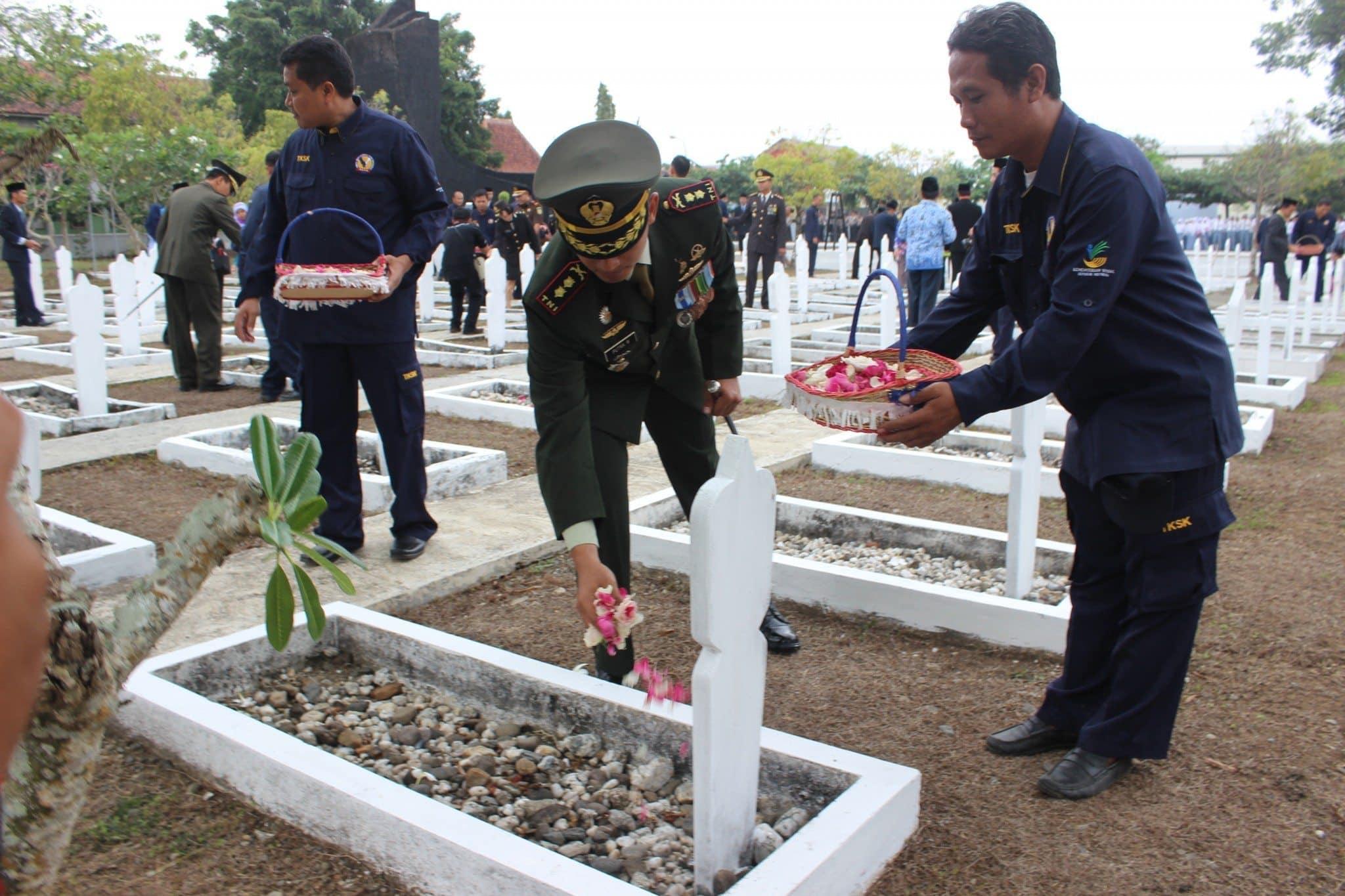 Dandim 0709/Kebumen Pimpin Ziarah Nasional Hari Pahlawan