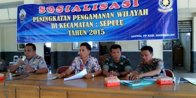 Koramil Sepulu Sosialisasikan Peran TNI AD di Bangkalan