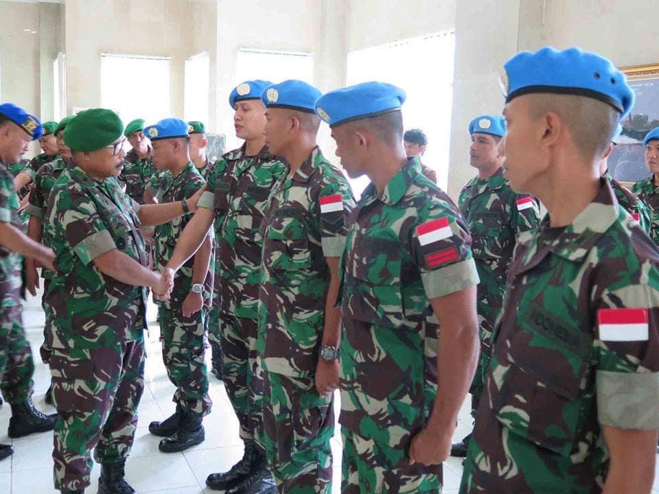 18 Personel Kodam XVI/Pattimura Berangkat Ke Lebanon