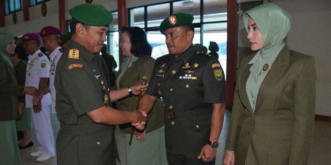 4 Jabatan Perwira Jajaran Kodam II/Swj Diserah Terimakan