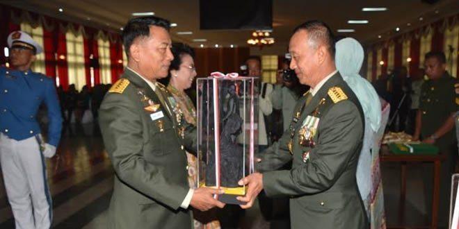 Kasad Wisuda 151 Perwira Tinggi TNI AD Di Akmil