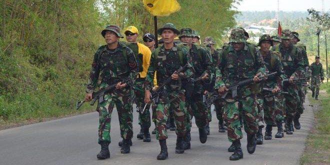 Prajurit Yonif 752/VYS Latihan Han Mars Serta Silaturahmi Dengan Anggota Polri