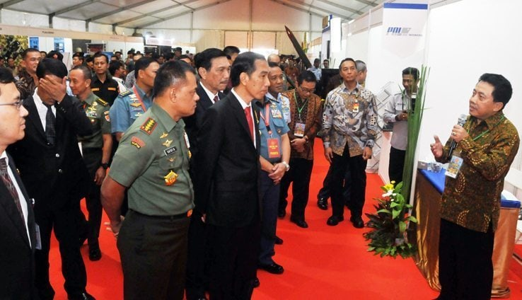 Presiden RI Tinjau Pameran Alutsista Rapim TNI 2016