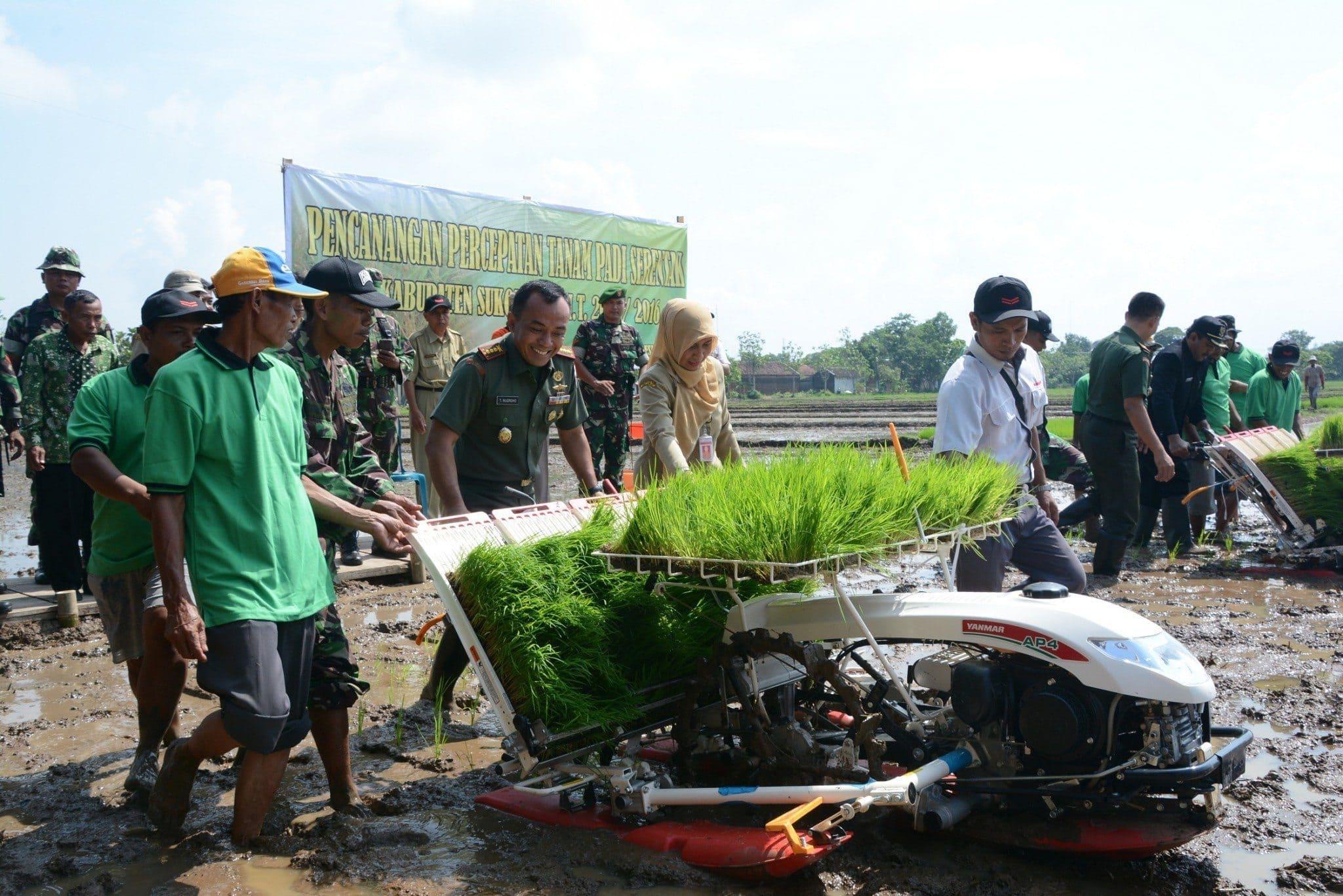 Pencanangan Percepatan Tanam Padi Serentak Wilayah Korem 074/Warastratama