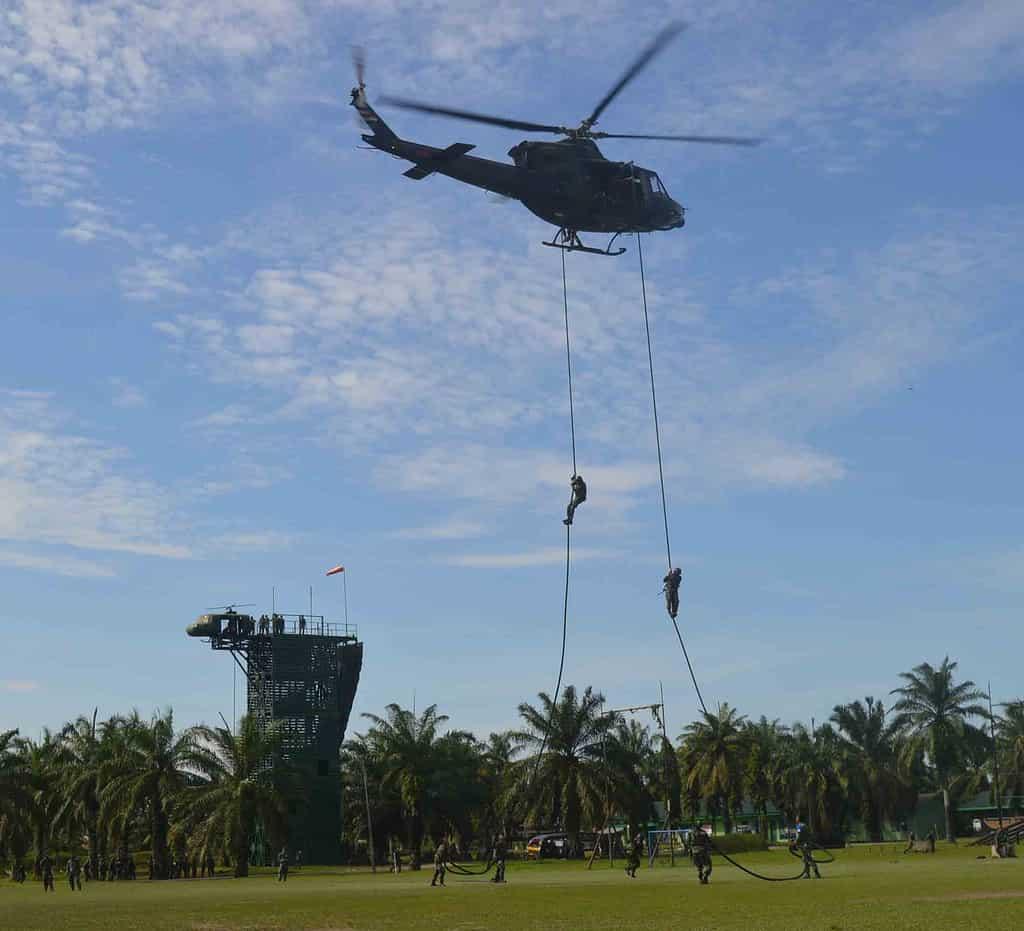 Batalyon Raider 111/KB Latihan Pemantapan Raider
