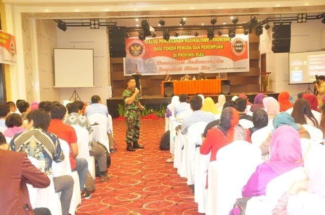 Kasrem 031/Wirabima Narasumber Dialog Pencegahan Radikalisme Terorisme Bagi Tokoh Pemuda Dan Perempuan