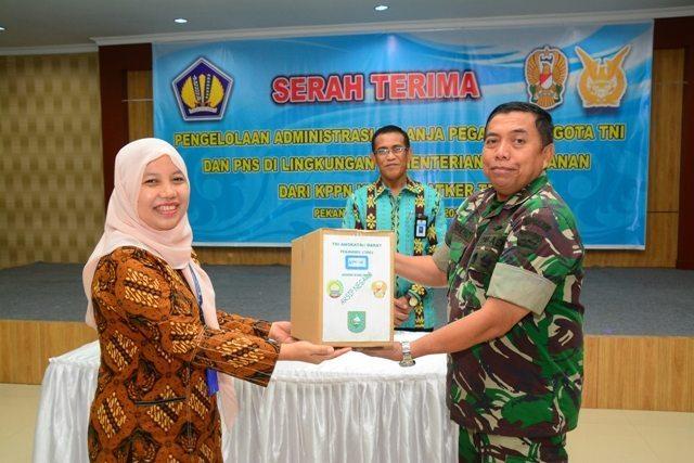 KPPN Serahkan Pengalihan Pengelolaan Administrasi Belanja Pegawai Kepada Satker TNI