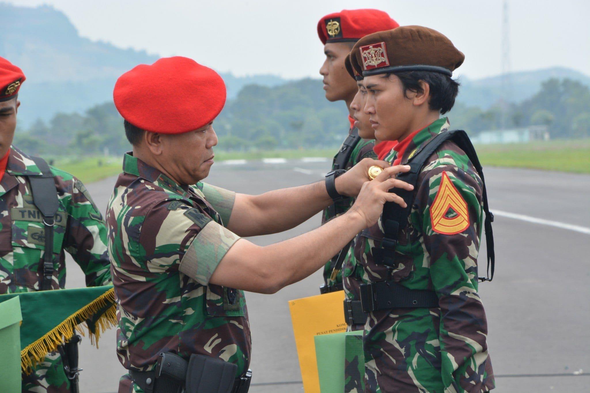208 Orang Taruna Dan Taruni Akademi Militer Tingkat 3, Selesaikan Dik Paradasar