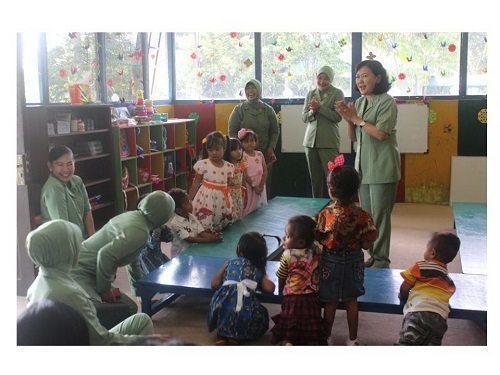 Ketua Persit KCK PD XVII/Cenderawasih : Pentingnya Pendididkan Karakter Anak Sejak Usia Dini