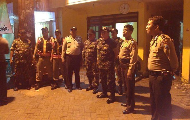 Koramil dan Polsek Bubutan Bersama Muspika Melaksanakan Patroli